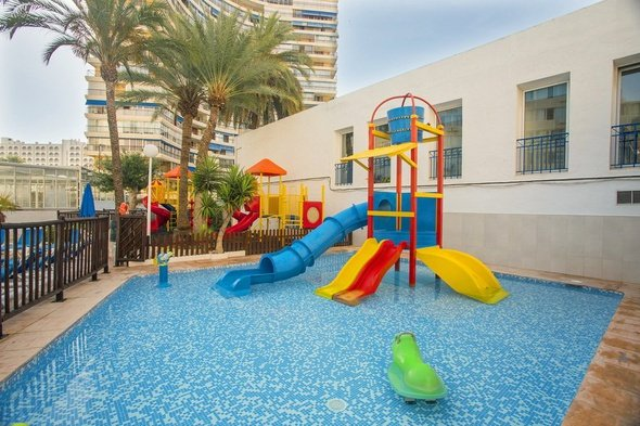 Children's pool magic villa benidorm hotel